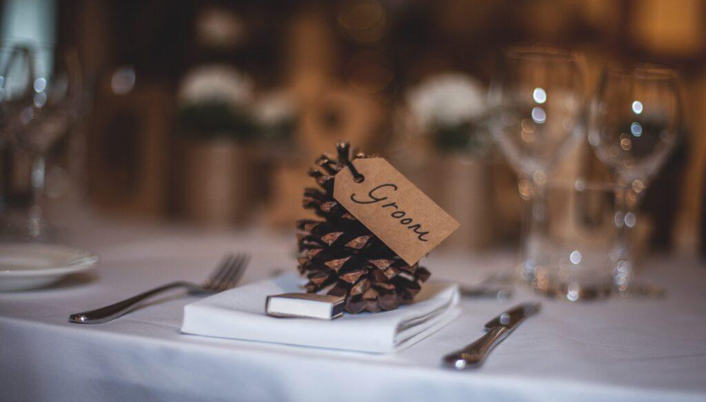 Micro-wedding decorations.